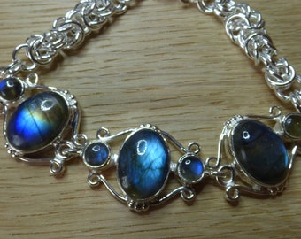 Sterling Silver Bracelet with Labradorite.  Silver Chainmaille Bracelet  Chainmaile.