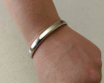 Handmade Solid 925 Sterling silver hindged bangle