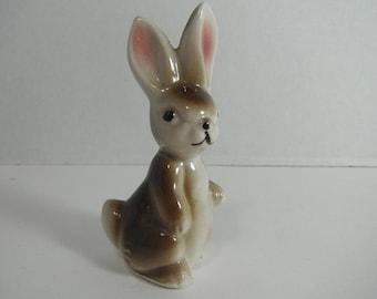 Sweet Vintage Hand Painted Rabbit Figurine Bunny Statuette Vintage Shelf Decor Porcelain Rabbit Lapin Mid Century Kitsch Knick Knack