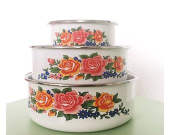 Set of 3 enamel bowls, vintage kitchen containers