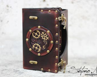 Handmade Steampunk leather notebook cover -  LARP leather journal - Present