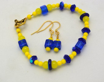 Blue & Yellow School Spirit Bracelet Bright School Colors Inspired Jewelry. Handcrafted Unique Jewelry in Cobalt Blue and Bright Yellow.