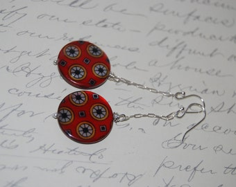 Red Patterned Shell Disc Earrings