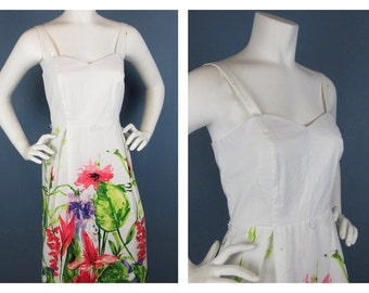Vintage 1960s / 70s Womens Summer Dress, Floral Cotton Fabric, Smocking, White, Summer Dress, Size Medium Sz M, R K Originals Label