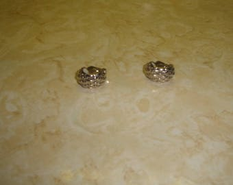 vintage clip on earrings silvertone half hoops basketweave