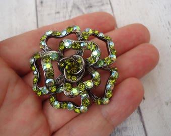 Stunning New Old Stock Vintage Gunmetal Tone Flower Brooch/Pendant w/ Peridot Green Rhinestones, Rhinestone Jewelry