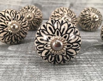 Knobs, Black & White Knob With Floral Design, Tomato Shape Ceramic Knobs, Drawer Pulls, Cabinets Home Improvement, Item #500965494