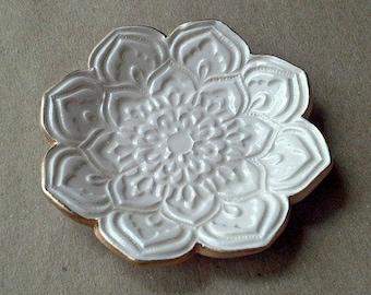 OFF WHITE Ceramic Lotus Ring Dish Ring Bowl  Ring Holder edged in gold