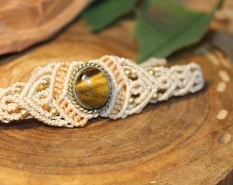 Bracelet bracelet in macrame with Tiger Eye. Boho Ethnic Tribal Hippie Macrame pendant. Semiprecious stone.
