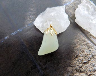Jade green with water (gemstone) plated pendant 18 K Gold