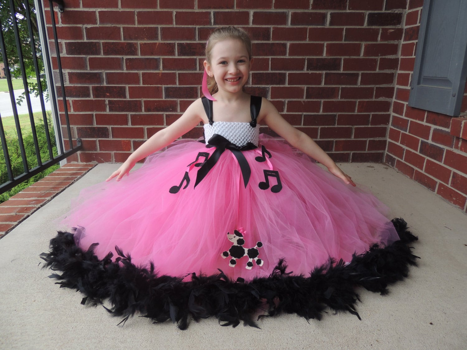 The Hair Bow Factory Poodle Skirt 50s Girl Feather Tutu