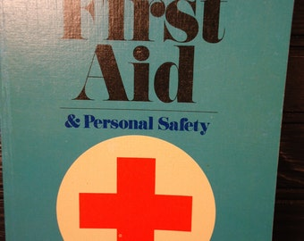 vintage book First Aid American Red Cross 1975 personal safety