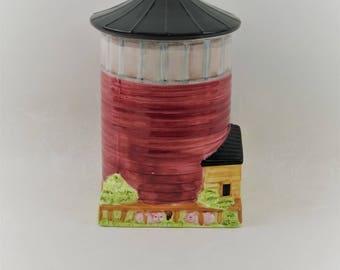 Vintage Barn With Silo Cookie Jar