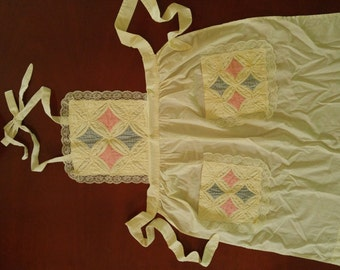 "1970's Handquilted Patchwork Apron  27"" x 33"""