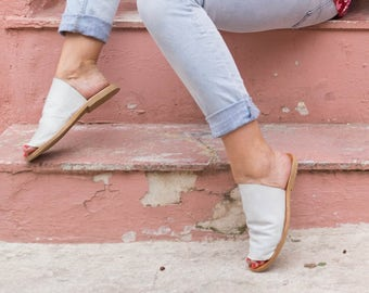 White Leather Slippers, Leather Slides,Summer Sandals,handmade sandals,summer flats,white sandals