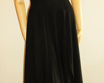 Nicole Matsuda Tokyo : long black crepe pleated dress in wool, size M vintage 80s, long dresses vintage dresses luxury dresses Made in Japan