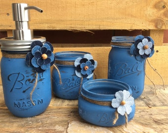 Painted Mason Jars. Mason Jar Bathroom Set. Home Decor. Vases. Bathroom Decor. Shabby Chic. Soap Dispenser. Kitchen Decor.