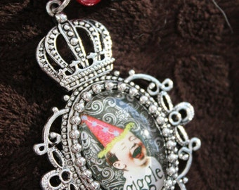 Pearly Birthday Princess THE GIGGLE Long Slipover Necklace