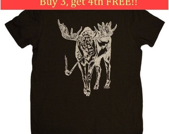 Mens T Shirt - Boyfriend Christmas Gift - Mens Gift - Funny Tshirt - Mens Funny TShirts - T shirts for Men - Pipe Smoking Moose T Shirt