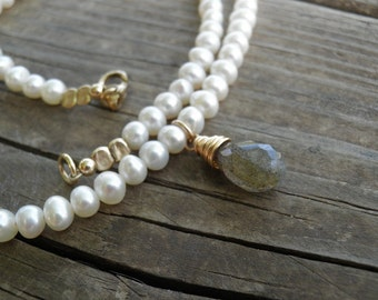 Bridal Necklace, Pearl Necklace, Labradorite Pendand, Gold Necklace, Bridal Pearl Jewelry, Statement  Jewelry, 14K Gold Filled Necklace