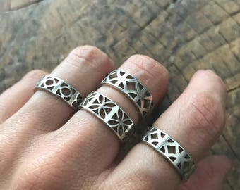 Atomic Breeze Block Ring