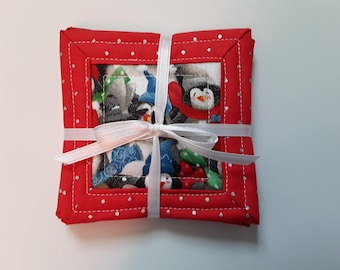 """Christmas Quilted Fabric Coasters / Absorbent Coasters / Drink Coasters / Mug Coasters / Set of 4 Coasters / 4"""" x 4"""" Square Coasters"""