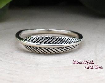 Dainty Leaf Ring, Cute Leaf Ring Silver, Leaf Ring Womens Sterling Silver, Silver Leaf Ring, Gift Ideas, Leaf Engagement Ring Womens
