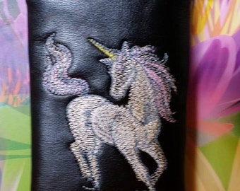 Magical unicorn pipe pouch