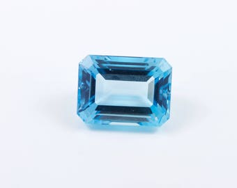 31.47 Carat 20x15 mm Emerald Cut Blue Topaz Loose Gemstone