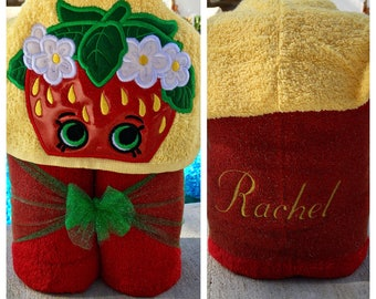 Strawberry Hooded Towel/ Kisses Party/ Shopping Birthday/ Pool Towel/ Beach Towel/ FAST SHIPPING/ Choose Your Character