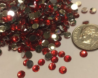100 red flat back rhinestone beads, 4 mm (S11)