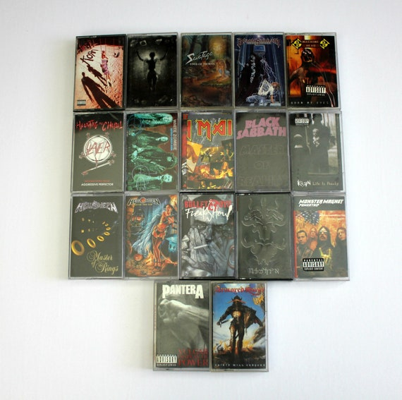 Lot of 17 Cassette Tapes, Metal Rock, Thrash, Black Sabbath | Helloween | Savatage | Korn | Slayer | Iron Maiden | Pantera and More