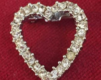 Heart rhinestone small lapel pin