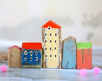 A set of 5 wooden miniature houses. Wooden miniature houses. Little wooden houses. Doll house miniatures. Rustic wooden houses.