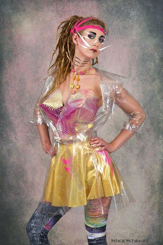 schillerndes Spitz Tüten BH Top Festival Sommer Rave 80iger 90iger Punk Madonna