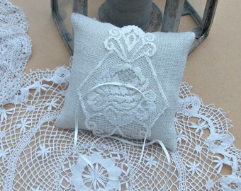 Ivory Burlap/Hessian Ring Bearer Wedding Pillow/Cushion with appliqued piece of  Ivory Lace