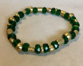 Lucky Strike - Green and Gold Bracelet - Beaded Jewelry - Stretch - Elastic Bracelet - Handmade - St. Patrick's Day
