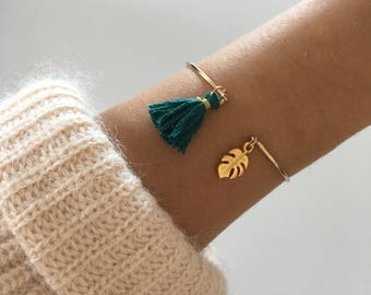 Feminine and elegant gold Bangle Bracelet and tassel