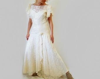 Vintage 1980s Lace Dress, Flapper cream white ruffle Wedding dress Size M