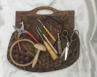 Vintage Handmade Retro 1960s Sewing Bag & Selection of Tools