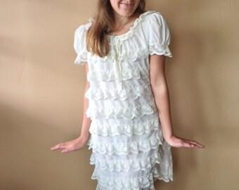 Vintage Lace Dress, 60s, Ivory, Babydoll Dress, Mod, Ruffled, S / M