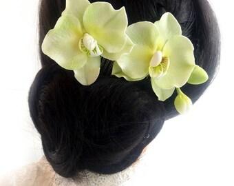 Orchid hair piece Bridal headpiece Green orchid flower hair pin Tropical Flower hairpiece Hawaiian flower hair clip Beach wedding hairpin