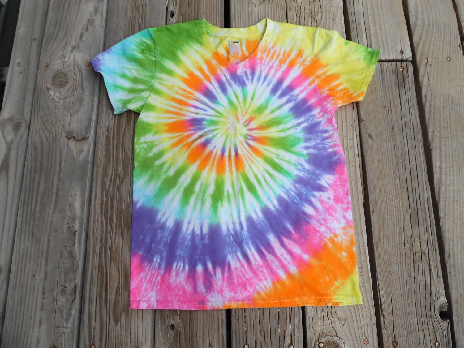 Brand new Gorgeous Tie-Dye Shirt Made to Order in Pink Purple Blue TF89