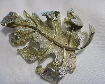 Beautiful Silver Toned Leaf Brooch