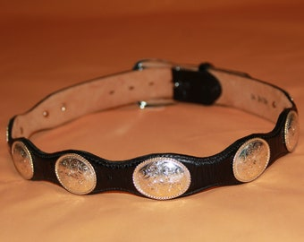 """Vintage 1980s / 1990s JUSTIN Black Leather """"Top Grain Cowhide"""" Belt with Silver Metal Buckle Made in USA Men's Size 34"""