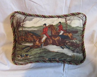 ENGLISH FOXHUNTING Horse Pillow Quality Cotton Fabric w/Twisted Cord Trim....Beautifully Handmade