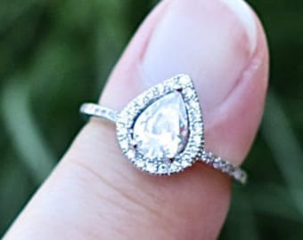 Gorgeous Vintage 925 Cubic Zirconia Engagement Ring