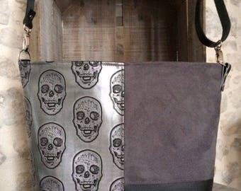 Skull leather shoulder bag