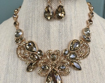 Fabulous Light Colorado Champagne Gold Rhinestone Statement Necklace and Earring Set...Bridal / Bride / Wedding