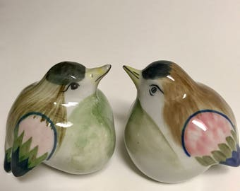"Vintage salt and pepper shakers- ""Birds"""